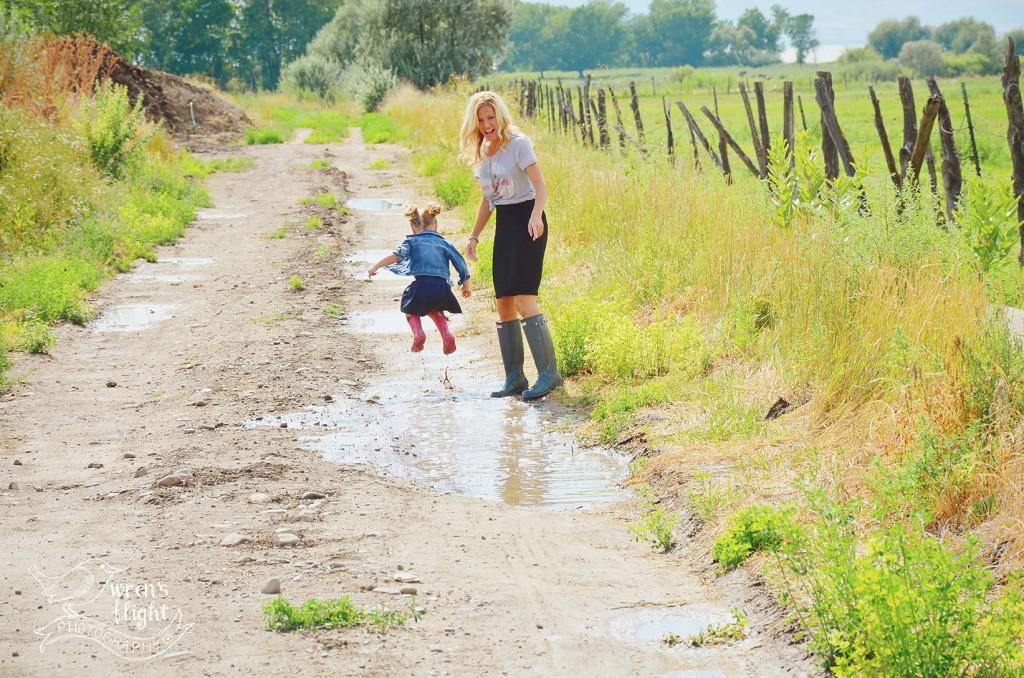 Country Lane Mud Puddle Splashing